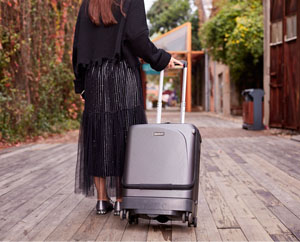 Airwheel SR5 self-following luggage